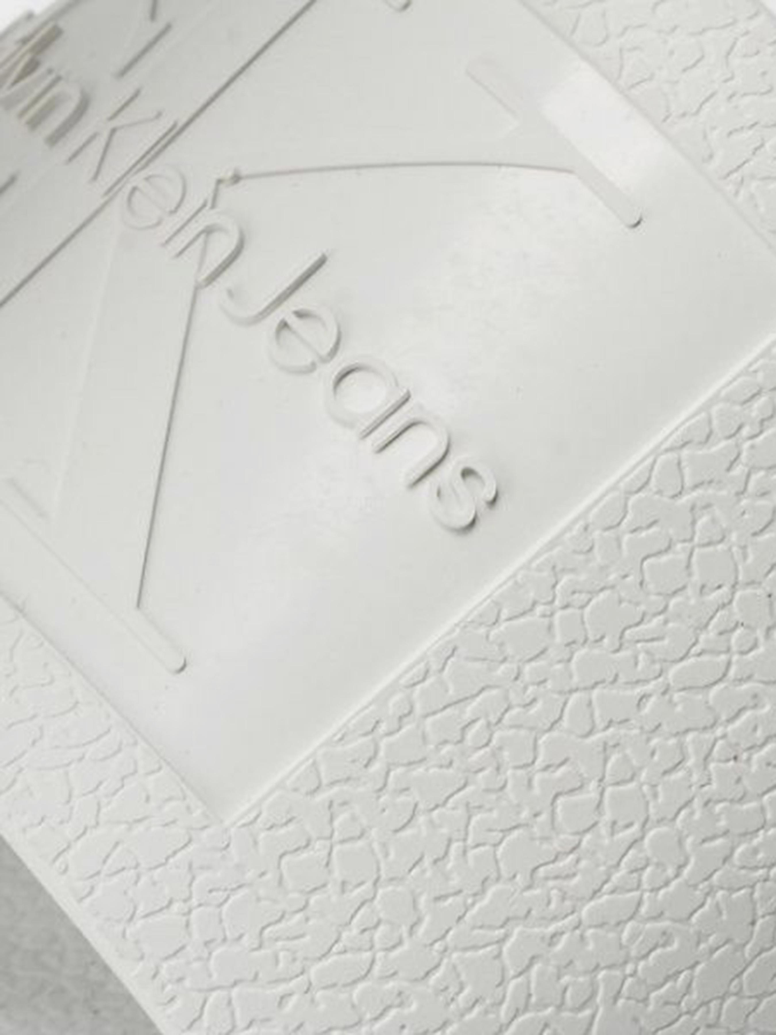 Шлёпанцы для женщин Calvin Klein Jeans 3Y85 купить в Интертоп, 2017