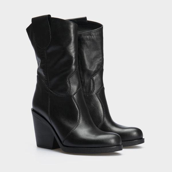 Сапоги женские Ботинки (Козак) 70149-020 черная кожа. Байка 70149-020 , 2017
