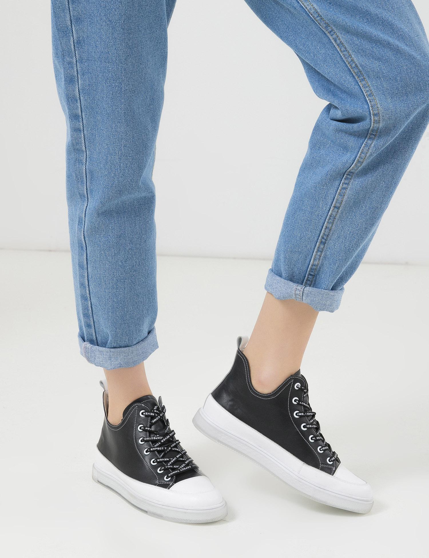 Кросівки  для жінок Кроссовки 747831180-1 черная/белая кожа 747831180-1 продаж, 2017