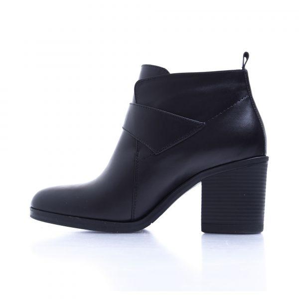 Ботинки женские Ботинки 7746-020 черная кожа. Байка 7746-020 купить в Интертоп, 2017