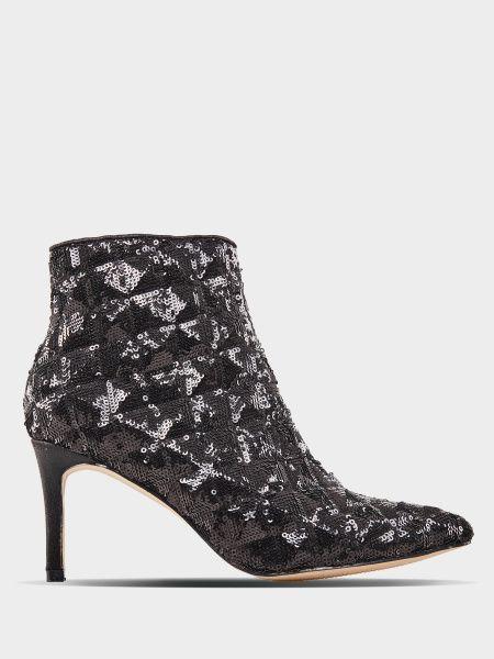 Ботинки для женщин MENBUR 8N43 примерка, 2017