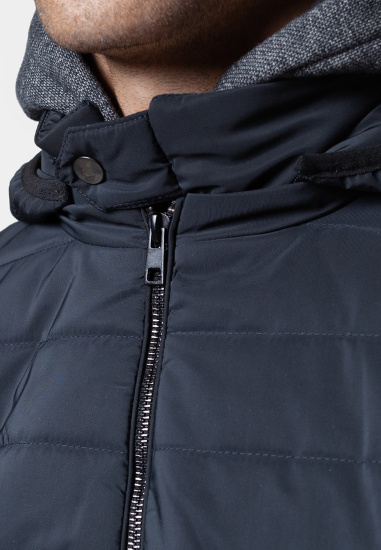 Легка куртка Arber модель AK08.18.30 — фото 4 - INTERTOP