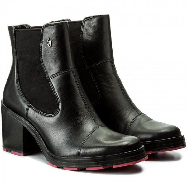 Купить Ботинки женские Armani Jeans WOMAN LEATHER BOOT EF384, Черный
