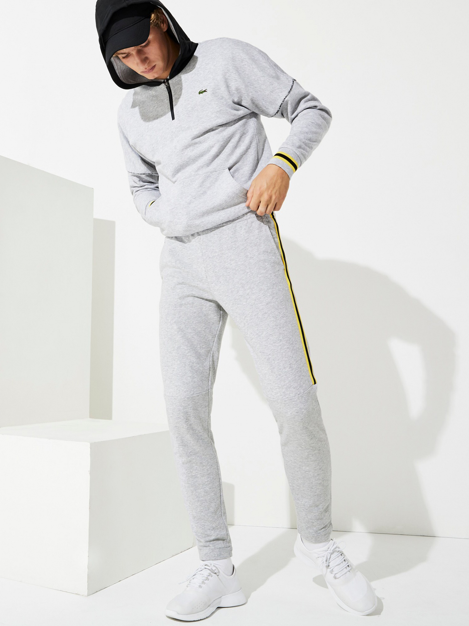 Lacoste Штани спортивні чоловічі модель XH4917-Y7Y , 2017