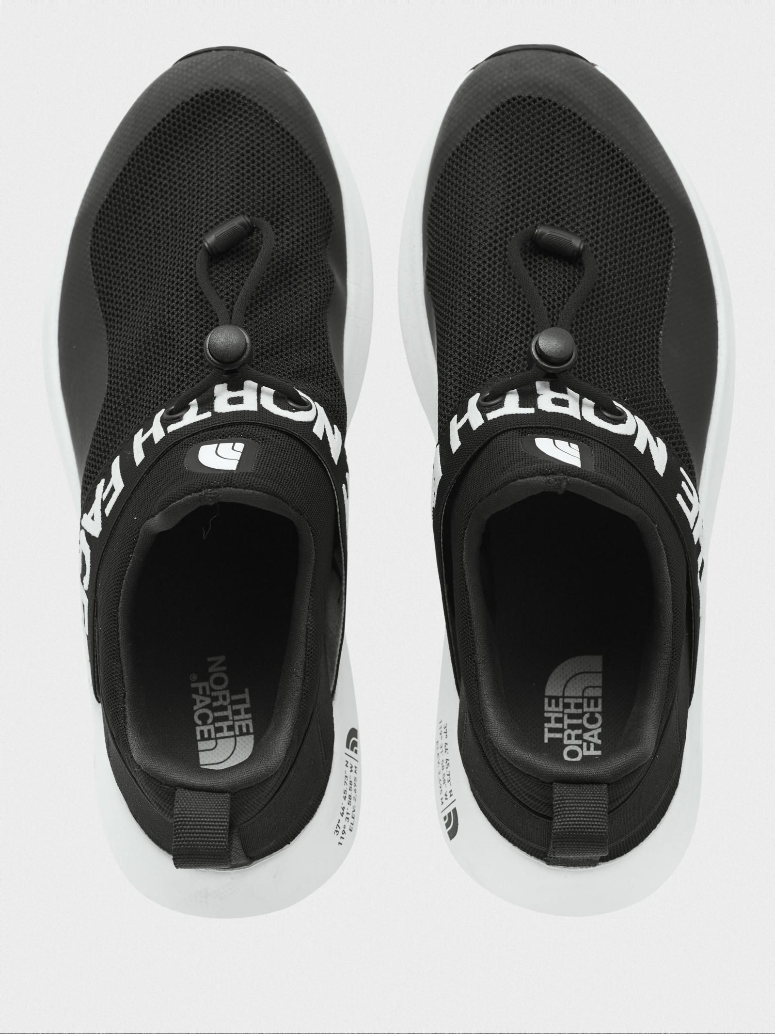 Кросівки  для жінок The North Face Surge Pelham NF0A3UZJKX71 примірка, 2017