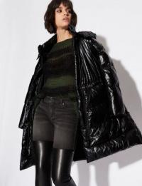 Пальто женские Armani Exchange модель QZ1988 , 2017