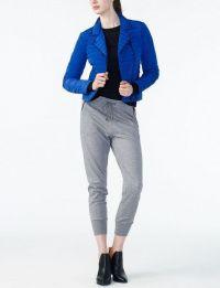 Куртка пуховая женские Armani Exchange модель QZ44 , 2017