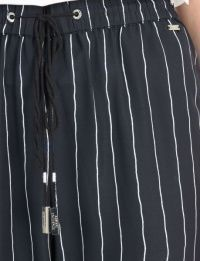 Штаны спортивные женские Armani Exchange модель QZ894 , 2017