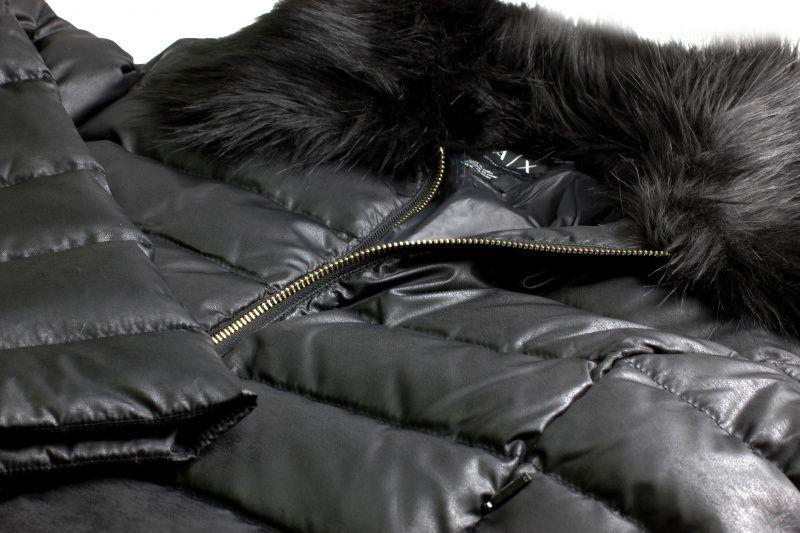 Куртка пуховая женские Armani Exchange модель QZ957 , 2017