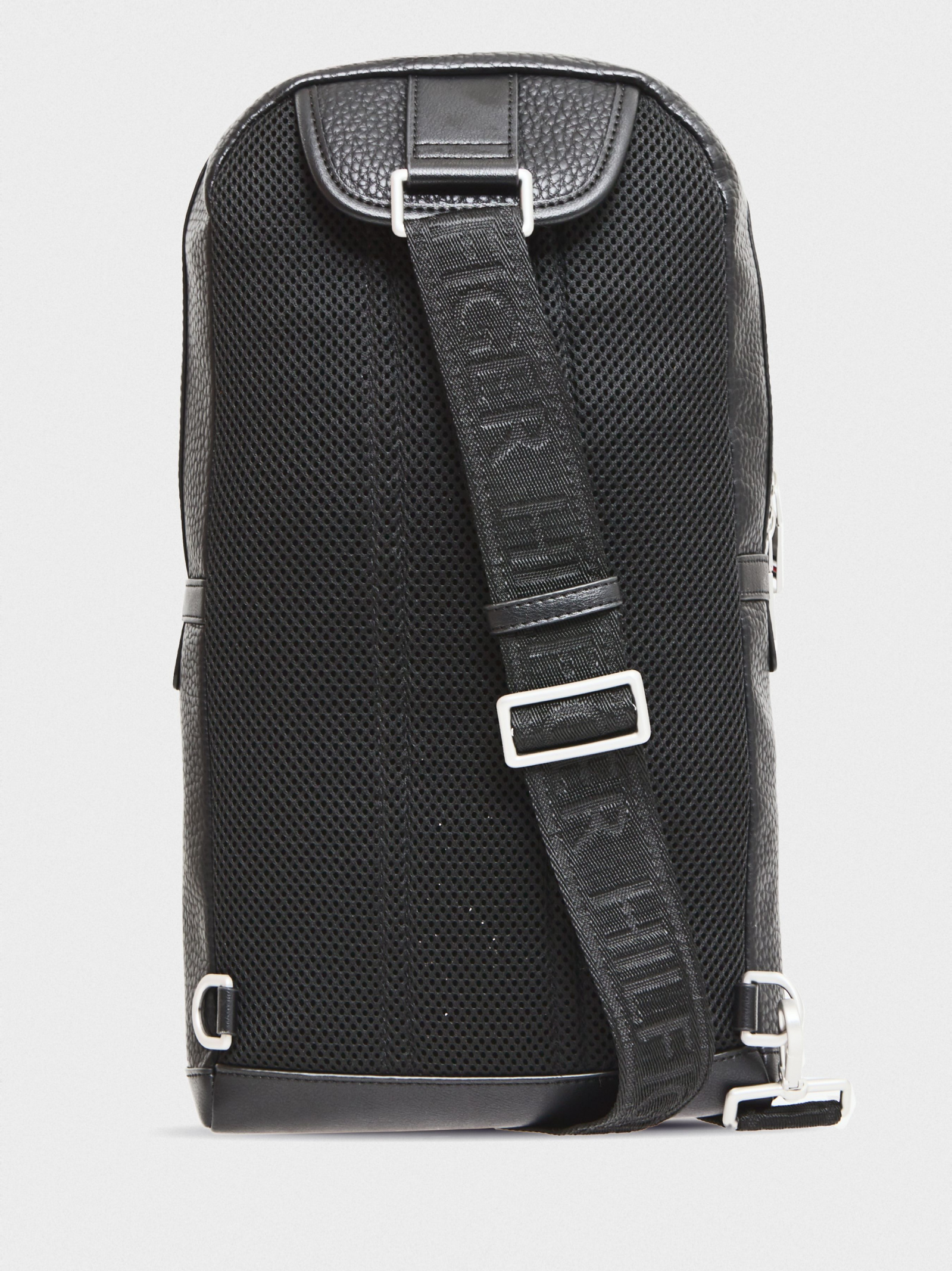 Tommy Hilfiger Рюкзак  модель AM0AM05581-BDS , 2017