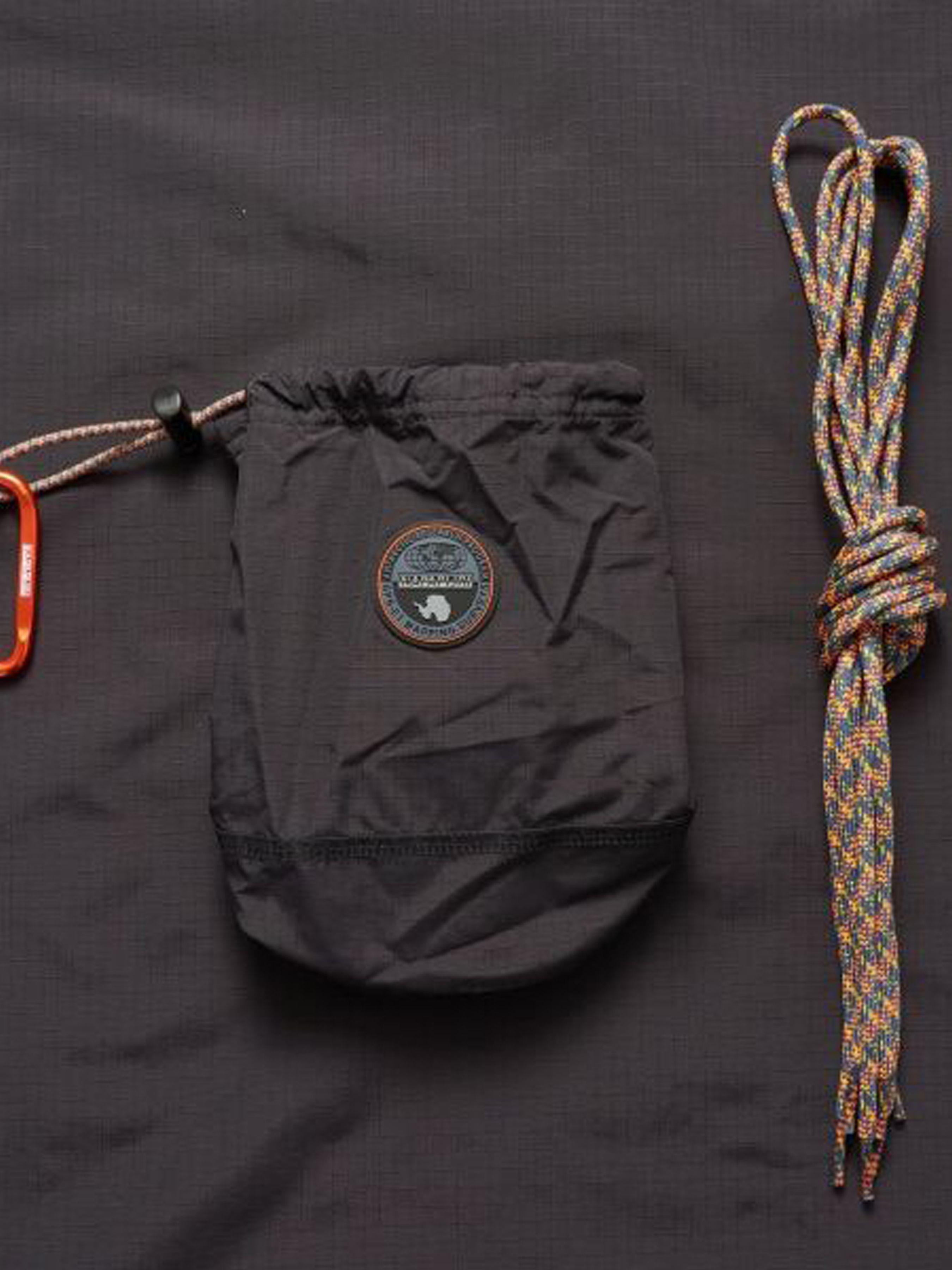 Куртка женские Napapijri модель ZS1885 купить, 2017